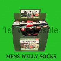 MENS WELLINGTON SOCKS IN DUMP BIN